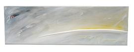 Weiß bemaltes Aststück in Tafelbild eingearbeitet.