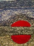 "Ausschnitt 2 aus Faden-Collage ""Geteilter roter Kreis"""